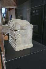 mini tombe urne cimetiere