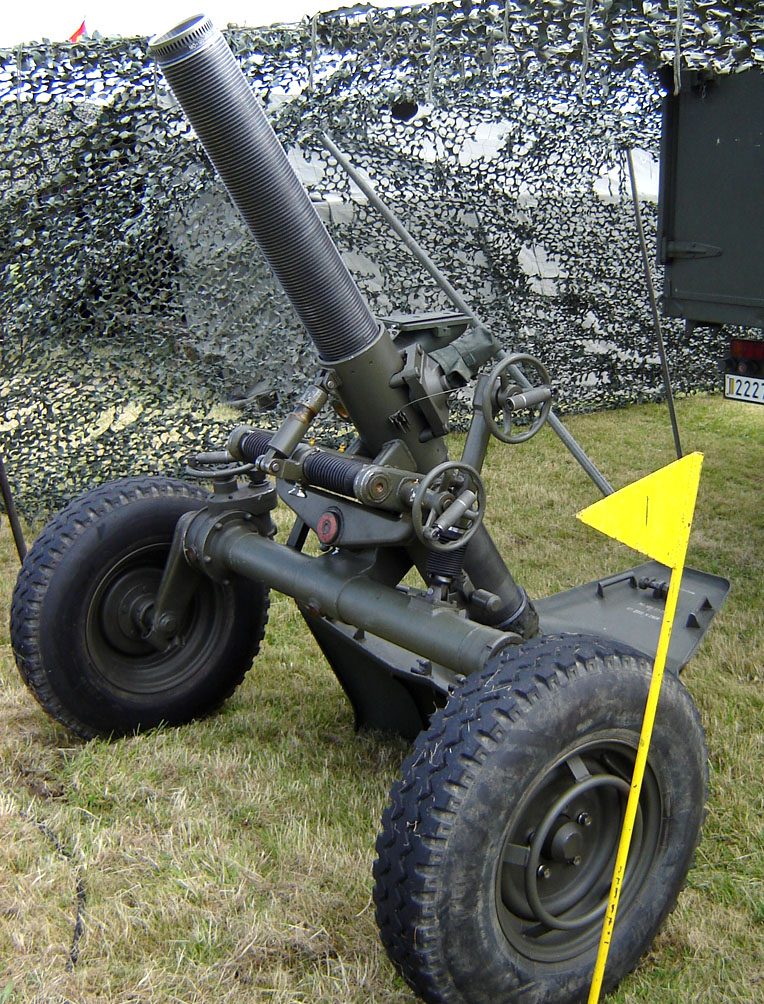 mortier 120 rt f1 raye tract arm e belge le monde de la maquette. Black Bedroom Furniture Sets. Home Design Ideas