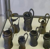 Etrurie Céramique Cyathe Kyathos Bronze Ferrare
