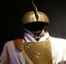 Militaria Villanoviens Panoplie Guerrier Rome