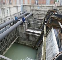 Bologna Canale Reno Griglia della centrale elettrica del Cavaticcio