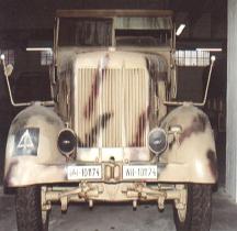 Sd.Kfz 8 Mittlerer Zugkraftwagen 12t Trieste