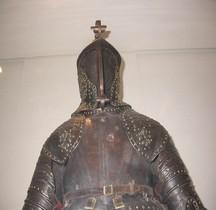 1630 Armure Louis XIII  Armure Noircie Fleurs de Lys Paris