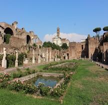 Rome Rione Campitelli Forum Romain Demeure des Vestales