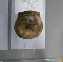Age Bronze Ancien Céramique Civilisation Campaniforme Italie  Vase  Bologne