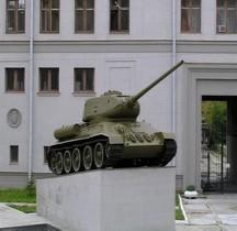 T 34/85 M 1944  Reconstruit 1954