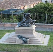 Rome Rione Campo Marzio Pincio Monument Fratelli Cairoli