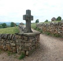 Aveyron Larzac Croix