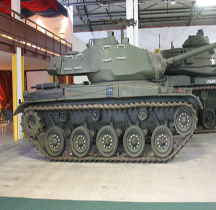 Char léger M 41  Saumur