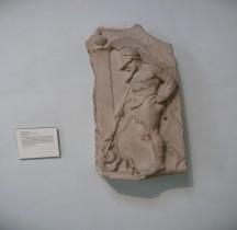 4.3 Grèce Hellénisitque Stèle funéraire HopliteGuerrier grec Londres British Museum