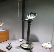 Vie Quotidienne Eclairage Lucerna Lampes Huile Bronze Trepied Marseille Vieille Charité