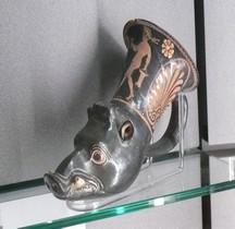 Etrurie Céramique Rhyton Sanglier  Bologne