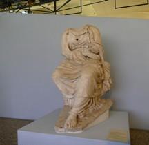 Rome Rione Parione Théatre de Pompée Statue Muse Rome centrale MontemartiniPiazza