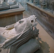 Seine St Denis St Denis Basilique 3.12.1.3 Clemence de Hongrie Gisant