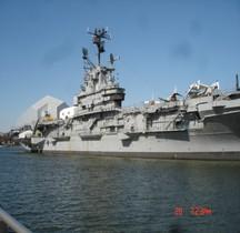 Porte avions USS Intrepid CV 11 New York