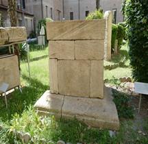 Rome Monument Funéraire Tombe Quintius Ovius Bargatus Rimini