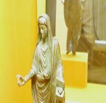 Religion Prêtre avec Encens Lyon