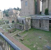 Rome Rione Campitelli Forums Impériaux 1 Forum Cesar Habitats Médiévaux