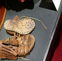 Equipement Caligae Rome Gladiator Museum
