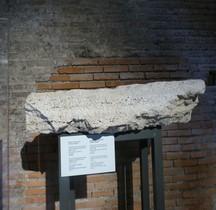Rome Rione Campitelli Forums Impériaux 5 Forum TrajanRome Rione Campitelli Forums Impériaux 5 Forum Trajan Dédicace Horatius Rogatus Procurateur