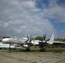 Tupolev TU 142  Bear