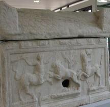 Sarcophage France Arles Sarcophage aux Centaures  ou de Flavius Memorius Arles MAA