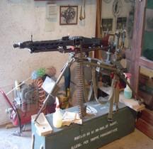 Maschinengewehr 42  Lafette Fliegerdreibein Tripod  Batterie Todt et Italie