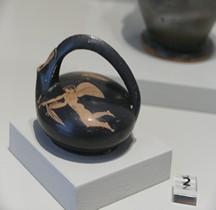 Etrurie Céramique Askos Génie Ailé Peintre de la Clinique Comacchio