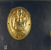 Etrurie  Medaillon Eros Louvre