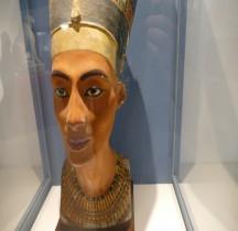 2 Egypte  Statuaire Néfertiti Berlin Rome Copie