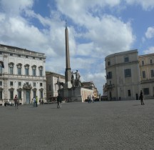 Rome Rione Trevi  Piazza Quirinale Obélisque