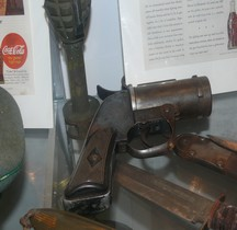 Flare Pistol M 8 (St Laurent)