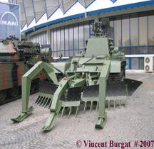 Roumanie DMT 85 M1