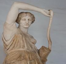 Statuaire Grèce Copie Rome Amazone blessée Phidias Rome Musei Capitolinii