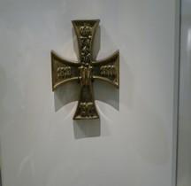 1914 Presse Papier Bronze Forme Croix de Fer