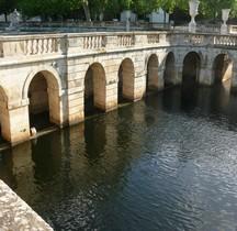 Gard Nimes Augusteum Jardins Fontaine Nymphée