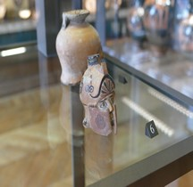 Rhodes Céramique Aryballe tete  Hoplite Louvre