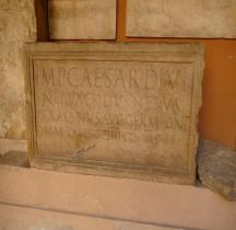 Pouvoir Epigraphie Dédicace Trajan 100 Ap JC  Bologne