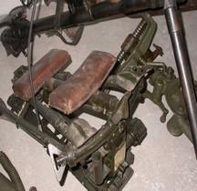 Maschinengewehr 42  Lafette Fliegerdreibein Tripod