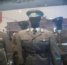 1989 Grenztruppen der DDR  Paris