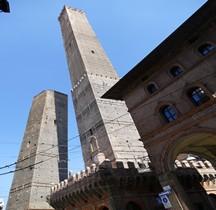 Bologna le Torre Torre Garisenda