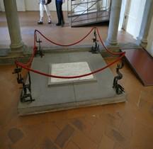 Florence Basilica san Lorenzo  Crypte Tombe de Donatello