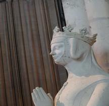 Seine St Denis St Denis Basilique.Beatrice de Bourbon Statue