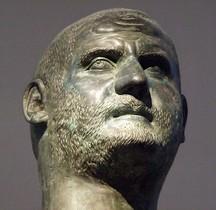 Statuaire Empereur  Gaius Vibius Trebonianus Gallus  Perouse Copie