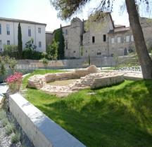 Gard Nimes Enceinte Musée Romanite