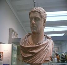 Statuaire 6 Empereurs 3 Caracalla Londres