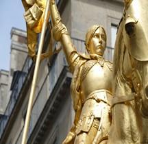 Paris Place Des Pyramides  Statue équestre de Jeanne d'Arc