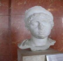 Statuaire 6 Empereurs 6.1.1 Julia Mamaea Paris