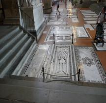 Florence Basilica di Santa Croce Interieur Dalles Funéraires