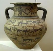 Etrurie Céramique Amphore aux guerriers et cervidés  Rome MNE